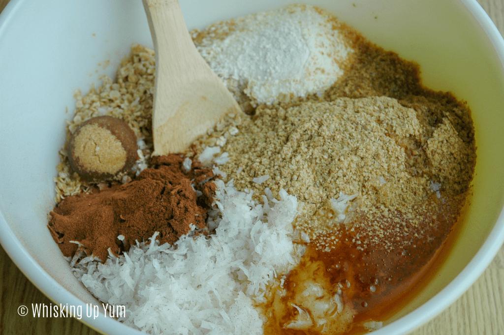 Tasty homemade granola recipe - Whisking up Yum!